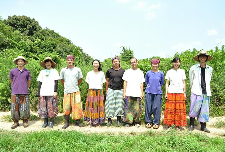 山口県で活動する学生耕作隊のメンバー