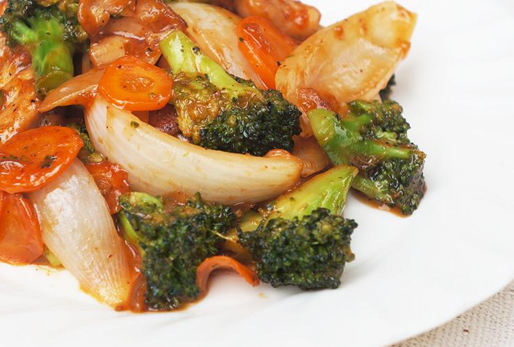 鶏と野菜のチャツネ炒め