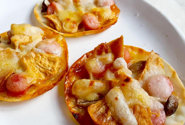 パイナップルとチャツネのミニピザ