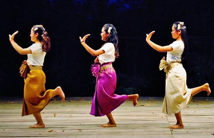 MINGクメール舞踊ダンスツアー