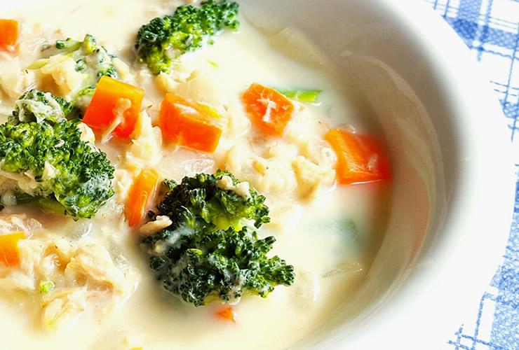 オートミールと野菜の食べる豆乳スープ
